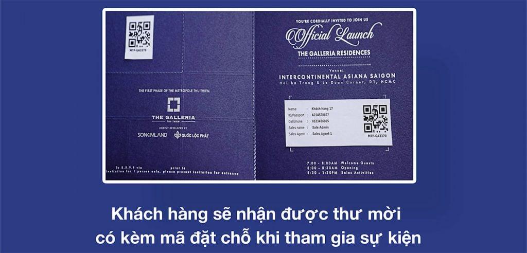 Khách hàng nhận thư mời tham gia sự kiện mở bán căn hộ The Metropole Thủ Thiêm